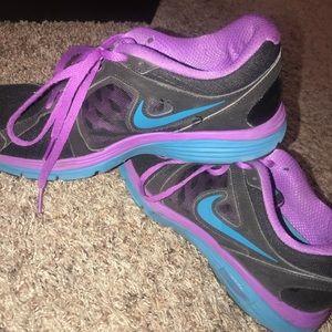 Nike Shoes - Nike Dual Fusion Running Shoe (Women)